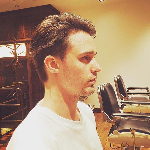 LAから来てくれてるスティーブンオーディションの為にバッサリ‼️ ☆StevenがまたLAから来てくれました〜^_−☆この後オーディションだからとサラサラの髪をラフにバッサリ‼︎でも短くし過ぎないでね!って事だったので色気の残る長さで(^-^)/更にイケメンになりました〜‼️夏が近づき髪もスッキリさせましょう〜❗️ #池田寛史